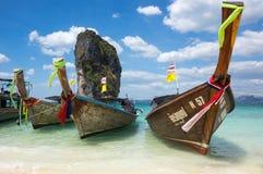 Bateaux thaïlandais traditionnels de longue queue Photographie stock