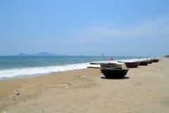 Bateaux vietnamiens de panier images libres de droits
