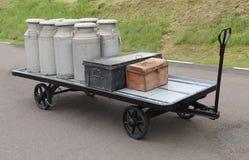 Batedeiras e bagagem de leite Imagem de Stock