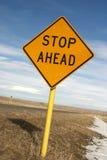 Batente do sinal de estrada adiante Imagens de Stock