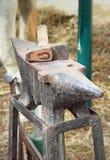 Batente e martelo Fotografia de Stock Royalty Free