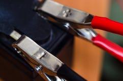 Batería auto de carga del moto Imágenes de archivo libres de regalías