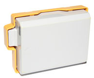 Batería de la cámara con la protección plástica Imagenes de archivo