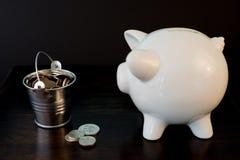 Batería guarra y monedas Fotos de archivo libres de regalías