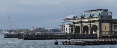 Batería New York City constructivo marítimo foto de archivo