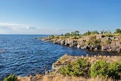 Batería rocosa del lago ladoga Imagen de archivo libre de regalías