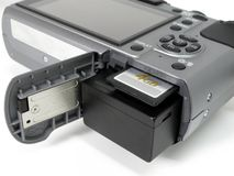 Batería y compartimiento de la tarjeta del SD foto de archivo