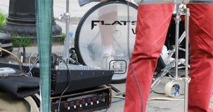 Batería y sintetizador para los músicos metrajes