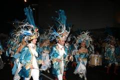 Baterías en trajes en el desfile de carnaval magnífico Fotografía de archivo libre de regalías