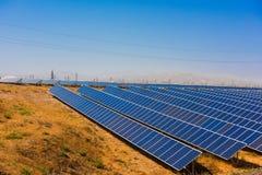 Baterías solares en central eléctrica Imagenes de archivo