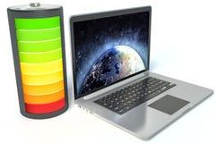 Batería llena con el ordenador portátil Imagen de archivo libre de regalías