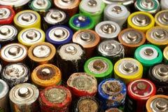 Bateria zawiera szkodliwego dla środowisko naturalnych mieszanek: rtęć, kadm i prowadzenie który jest, zawrzeć w dzwonię fotografia stock