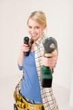 bateryjna domowego ulepszenia śrubokrętu kobieta Obrazy Royalty Free