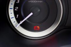 Bateryjna ostrzegawczego światła samochodu deska rozdzielcza Fotografia Royalty Free