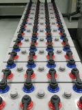 Bateryjny banka gospodarstwo rolne 2000 Amp 2 wolta dla podnosi pomocniczą władzy energię z ochroną Obraz Royalty Free