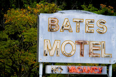 Bates Motel Sign Royaltyfri Bild