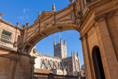 Bath Abbey framed by arch Royalty Free Stock Images