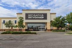 Bath de lit et au delà de devanture de magasin Photographie stock libre de droits