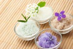 Bath salt with flowers Stock Photography