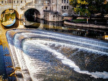 BATH, SOMERSET/UK - OCTOBER 02 : View of Pulteney Bridge and Wei. R in Bath Somerset on October 02, 2016 Royalty Free Stock Photography
