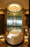 Bathroom with a luxury bathtub Royalty Free Stock Photography