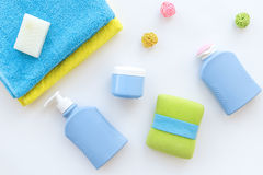 Free Bathroom Set. Towels, Bottles With Soap And Shampoo On White Backgrond Top View Stock Photo - 97111640