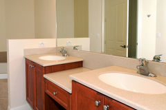Bathroom vanity. View of a his and hers bathroom vanity Royalty Free Stock Photography