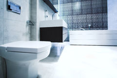 Bathroom With Mirror And Pan Royalty Free Stock Images