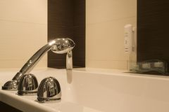 Bathtub faucet and tub Royalty Free Stock Photos