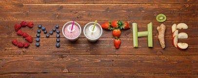 Batido da palavra feito das frutas e legumes Fotografia de Stock
