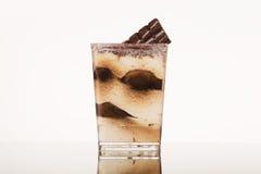 Batido de leche del chocolate aislado en blanco fotos de archivo