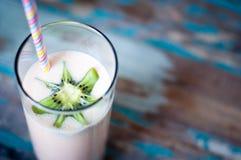 Batido de leche del Smoothie Fotografía de archivo libre de regalías