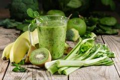 Batido verde saudável Imagens de Stock