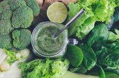 Batido verde saudável da desintoxicação Foto de Stock Royalty Free