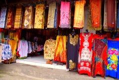 Batik colorido do Balinese (Indonésia) Foto de Stock