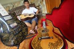 Batik de la guitarra Fotografía de archivo libre de regalías