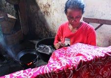 Batik-Frauen stockbilder