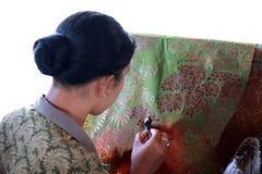Batikframställning royaltyfri fotografi