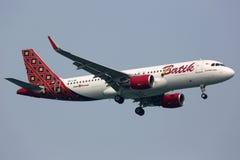 Batikowy Lotniczy Aerobus A320 samolot Zdjęcia Stock