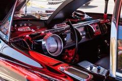 Batmobile negro y rojo 1966 Fotos de archivo libres de regalías