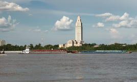 BATON ROUGE LOUISIANA - 2010: Byggnad för Louisiana statKapitolium royaltyfria bilder