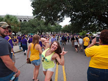 BATON ROUGE USA - 2014: Fläktar tailgating under en LSU-fotbolllek Royaltyfri Foto