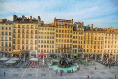 Batorini no terreux do DES do lugar, cidade velha do fontaine do La de Lyon, França Fotografia de Stock