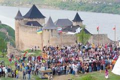 Battaglia medioevale di festival di rimessa in vigore delle nazioni fotografia stock libera da diritti