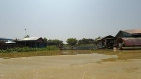 Battambang landskap, Cambodja - Circa mars 2018: fartygtur från Siem Reap till Phnom Penh arkivfilmer