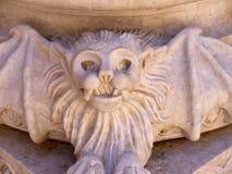 Batte de vampire dans la cathédrale patriarcale de St Mary Major ou de cathédrale de Lisbonne Photographie stock libre de droits