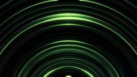 Battement de cercle de vert d'Abstractdark sur le fond noir Parallèle shimering les lignes incurvées se déplaçant lentement illustration de vecteur