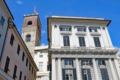 Battendo la bandiera di Genova a Genova, l'Italia a Pasqua 2019 fotografia stock libera da diritti