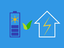 Batteria solare come fonte di energia di eco Fotografia Stock Libera da Diritti