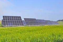 Batterie d'énergie du soleil de silicium Images stock